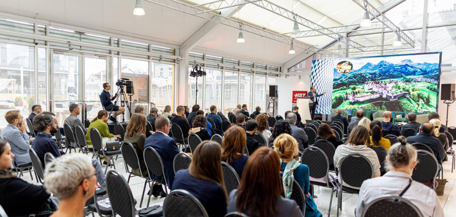 Den švýcarské a české architektury, konference, diskuze, architektura, laufen